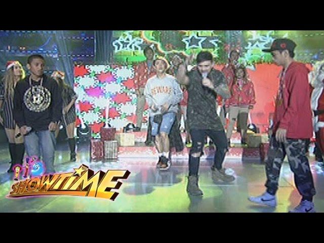 It's Showtime: Bakit nangangaroling tuwing Pasko? | Christmas Rapper