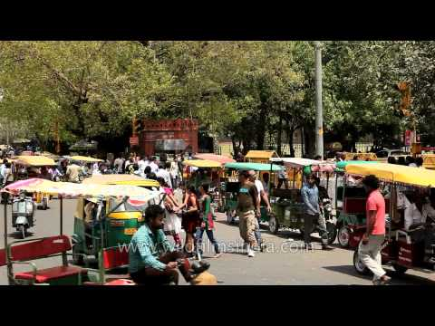 Traffic Around Red Fort And Shri Digambar Jain Lal Mandir video
