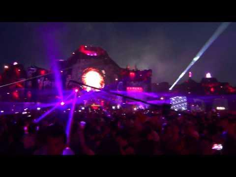 Tomorrowland 2013 Sebastien ingrosso reload