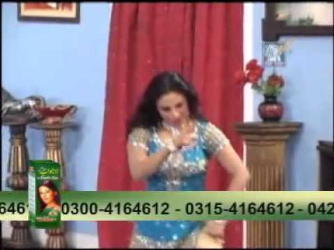 YouTube - Nida Chaudhry New Pakistani Mujra Hot 1365 HD 2011...
