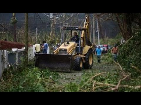 Puerto Ricans 'fending for themselves' after Hurricane Maria