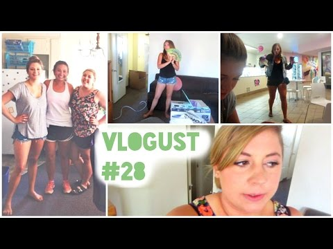 OUR THIRD AND FINAL ROOMMATE ARRIVES!   Vlogust 28, 2014