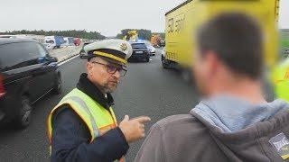 Nach Unfall auf der A6: Polizist knöpft sich Gaffer vor