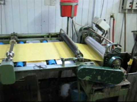 Machine à gauffrer la cire