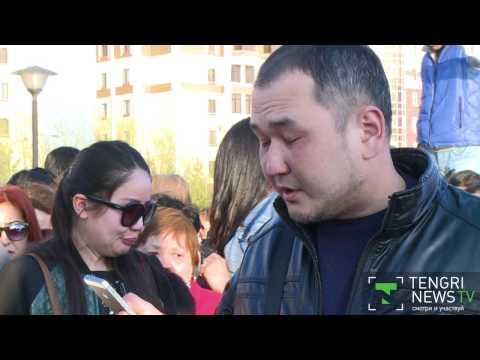 Хиты Батырхана Шукенова спели астанчане