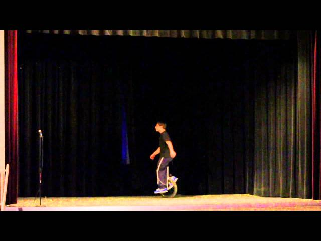 Juggling Olympics - Diabolo and Unicycle