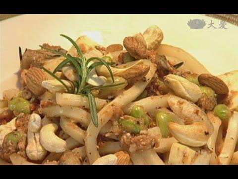 現代心素派-20140630 單元料理 - 陳怡靜營養師 - 坩鍋 - 食物四分法、使用陶鍋的好處