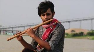 অস্থির বাঁশির সুরে ওরে নীল দরিয়া    o re nil doria flute covered by Selim Reza   bangler banshi