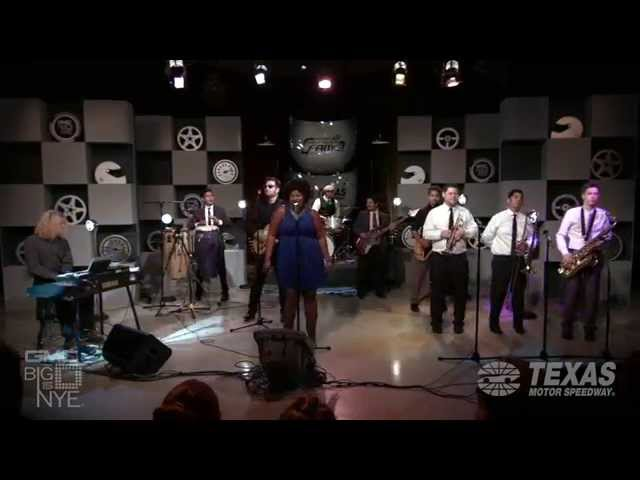 The Suffers - Make Some Room; Big D NYE 2015 Fast Track To Fame