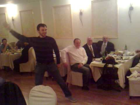 Georgian dance in restaurant ,,Tamada