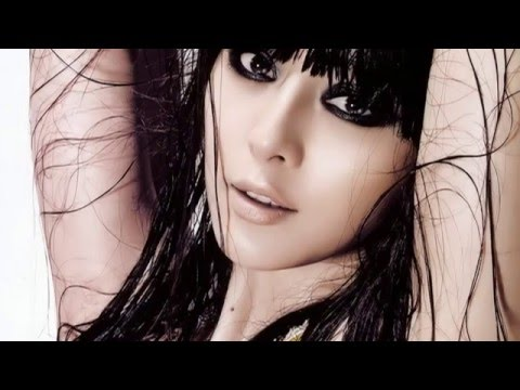 Sexy Hot!! Chinese Superstar Fan Bingbing 性感范冰冰 video