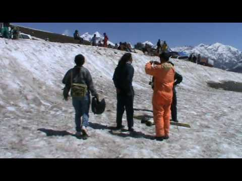 Rohtang Pass - Walking on the ice (Himalaya Trip 2010)