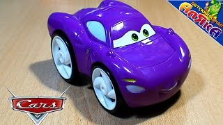 Игрушки из мультика Тачки 2 - Холли и Молния - Cars 2 Toys Holly Deluxe and lightning mcqueen !