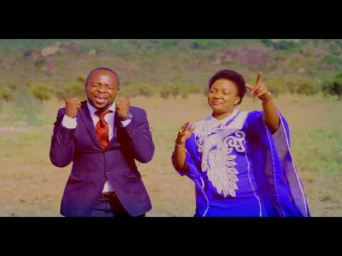 Makuu By Tumaini ft Martha Mwaipaja