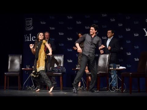 chammak Challo Dance - Shah Rukh Khan At Yale University As Chubb Fellow (official Video) video