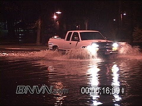 5/11/2004 Flooded road video, Flood video