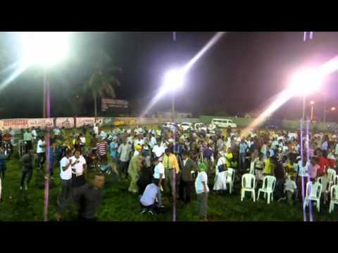 Israel Jimenez, Bota Humo Del Cuerpo, bajo la gloria de Dios.wmv