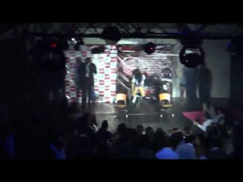Baile Erótico en una discoteca de UIO (No apto para menores de +18 años)