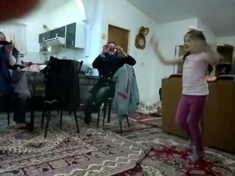 Nastaran Dokhtare Naze Iran, Raghse Bahal video