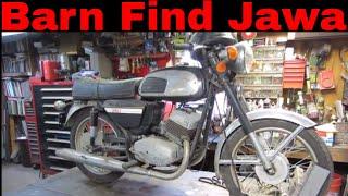 Will it Run ? Jawa 634 barn find motorcycle sitting 12 years.