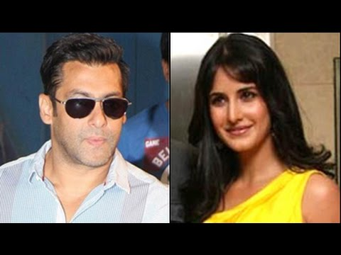 Salman Calls 'katrina Kaif...kapoor' On Stage video