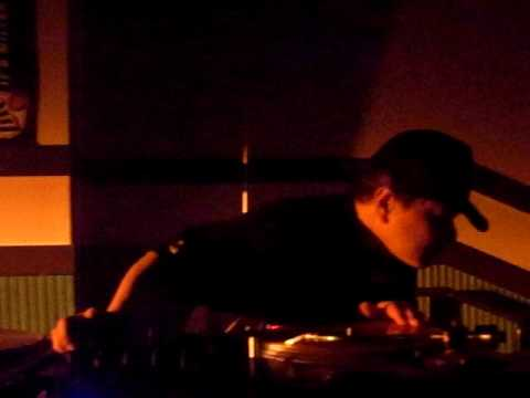 DJ Ta-Shi Serato Video SL Set @ Okinawa Globe & Anchor 2009 Feb 20th