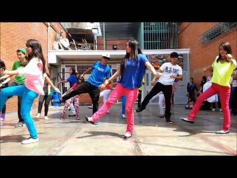 ACADEMIA VELLET 2013 Presentación Hip Hop en el Colegio Nuestra Señora de Las Mercedes