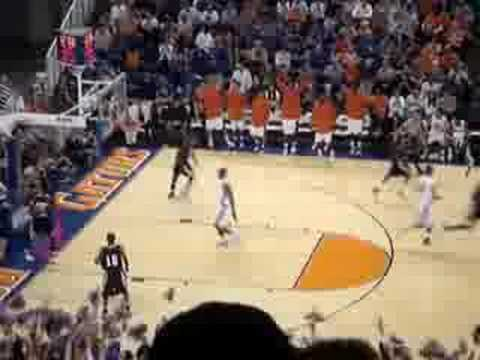 Gators' Al Horford Dunk Video