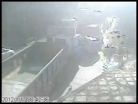 ДТП жесть. Поезд таранит грузовик