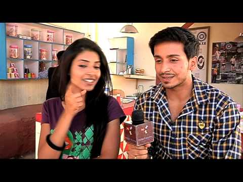 Randhir And Sanyukta Are The Big Fools - Must Watch (sadda Haq) video