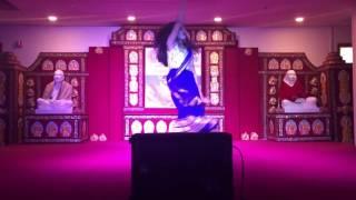Ebar Jeno Onno Rokom Pujo dance by Ahana Roy (Bangla)