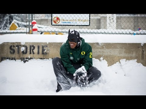 Snowball fight sa University of Oregon, nauwi sa police investigation!