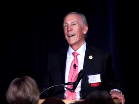 2012 Arbuckle Award Dinner: Robert Joss, MBA '67, former Dean of the Stanford University GSB