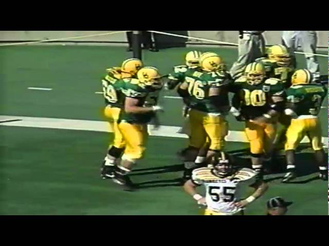Oregon RB Dino Philyaw 7 yard touchdown on screen pass vs. Iowa 9-24-94