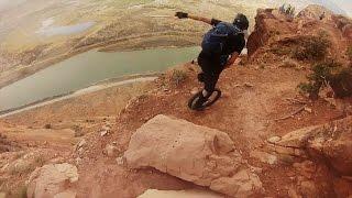 කොහොමද තනි රෝදෙන් දාන වැඩ ......{ අති භයානක කදු තරණයක් සංවේදිනම් නොබලන්න ] GoPro: Unicycling Moab