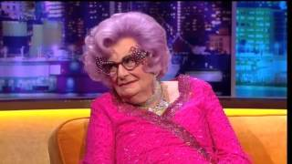 """Dame Edna Everage""  On The Jonathan Ross Show Series 5 Ep 7.23 November 2013 Part 4/5"