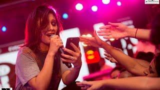 Dhoom Machale | Sunidhi Chauhan On Fire | Live Concert | Agon 2k16 | L R Productions