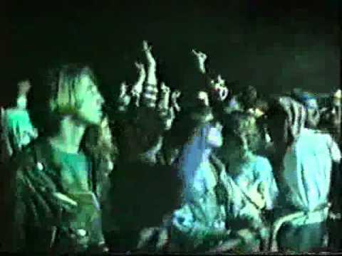 Haslingden unit 7 party 1990 blackburn raves hardcore for Acid house raves 1980s