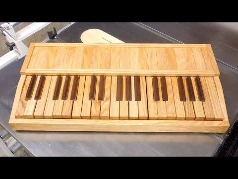Drevený klavír