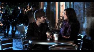 Justin Bieber - Mistletoe Official Music Video (LYRICS ON SCREEN)