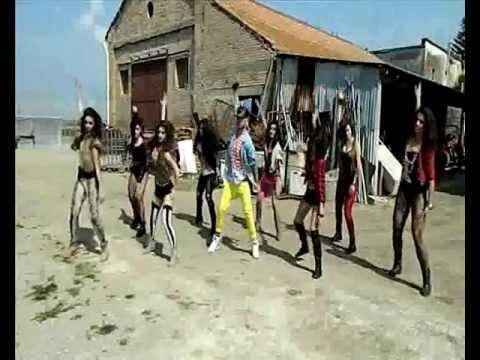 RUN THE WORLD - Choreography video - Davide Raimondo