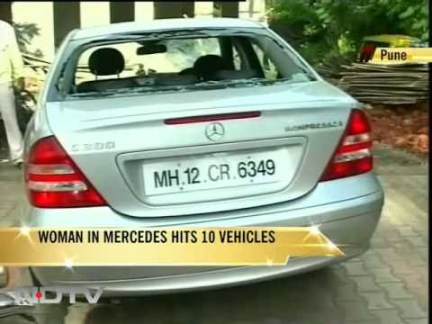 Girl in Mercedes hits 10 vehicles, gets bail