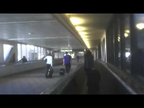 Moving Walkways in Phoenix Sky Harbor International Airport (Terminal 4)