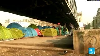 باريس - لاجئون أفارقة تحت مترو الأنفاق