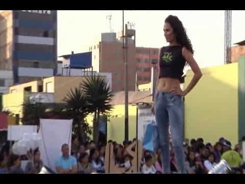 Desfile de WKG Jeans y 77 Fresh