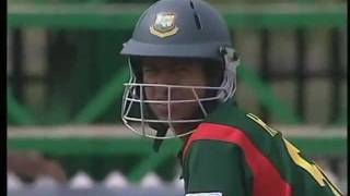 Chaminda Vaas Hat Trick 2003 World Cup (1st 3 balls of the match)