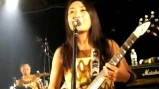 Watch Shonen Knife Space Christmas video