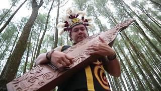 Download Lagu Iko Metung - Uyau Moris [Official] Sape' Traditional Instrument from Dayak Borneo Gratis STAFABAND