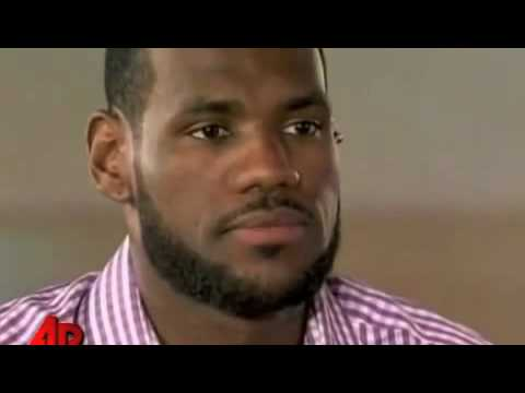 mel gibson crazy eyes. Mel Gibson Reacts To Lebron#39;s