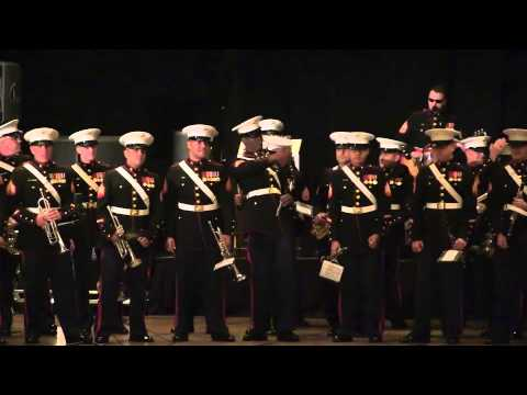"""Gangnam Style / Thunderstruck"" live by the Third Marine Aircraft Wing Band"